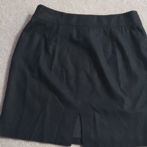 The limited Stretch lined skirt with zipper size 6